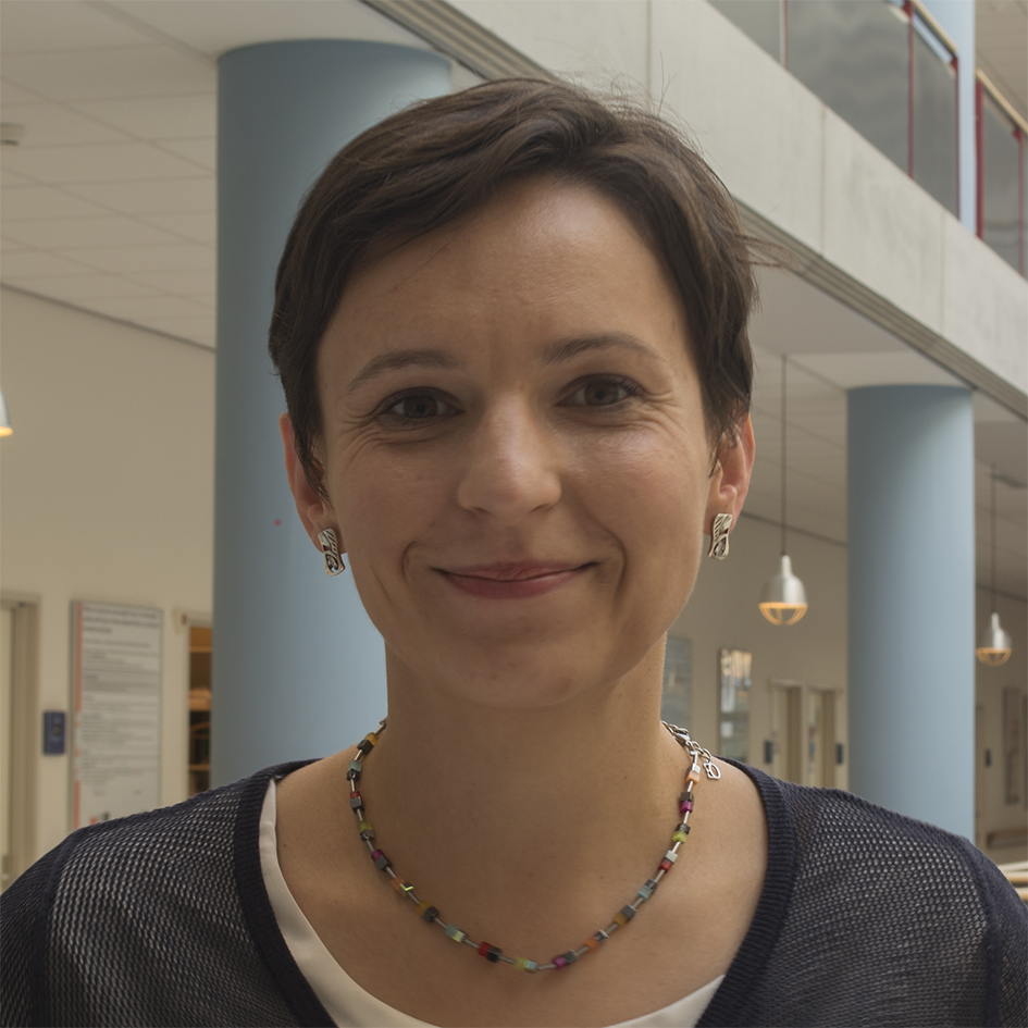 Dr. Monika Trzpis