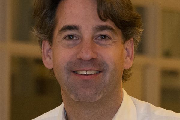 Dr. Edgar Furnée